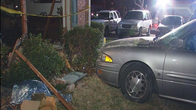 Car Crashes Into Apartment In SW OKC; No One Injured