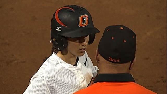 OSU Softball: Cowgirls Split Games on Friday