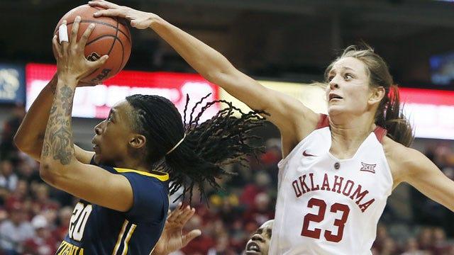 Oklahoma Turns Back West Virginia At Big 12 Tournament