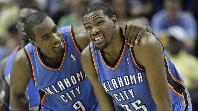 Thunder's Durant Leaves Game With Injury, Won't Return