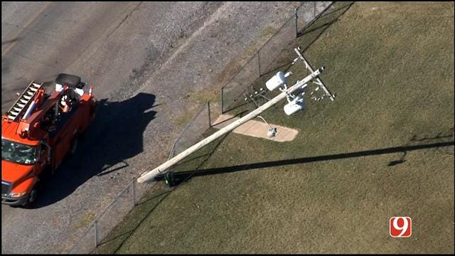 Downed Power Lines Prompt Evacuation At Jones Middle School
