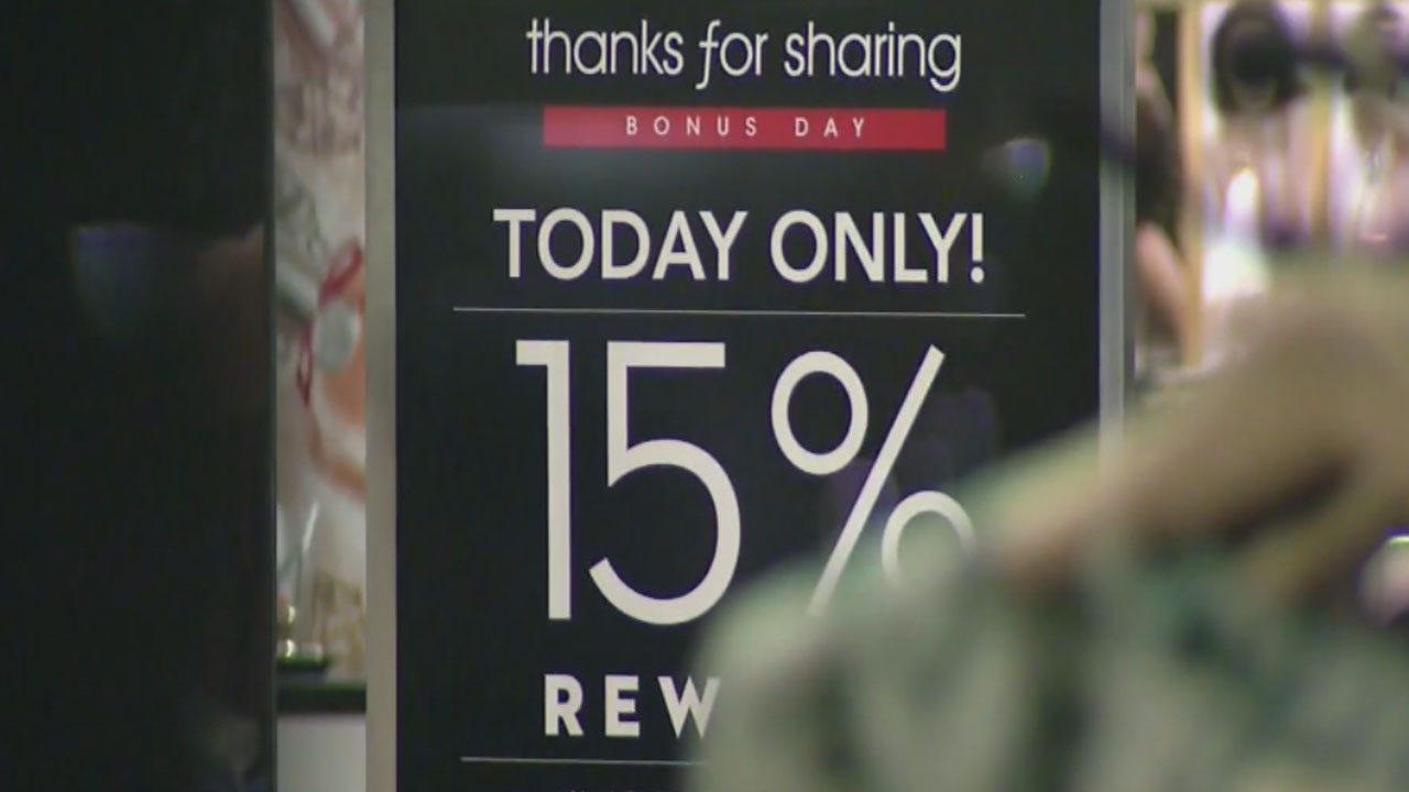 Top Shopping Myths On Black Friday
