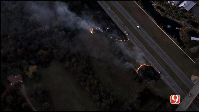Crews Battle Grass Fire Near Tinker AFB