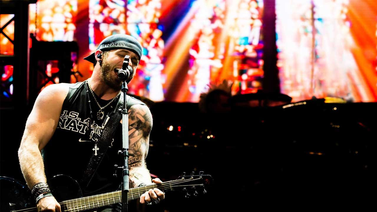 Country Superstar Brantley Gilbert To Bring 'Black Out' Tour To OKC