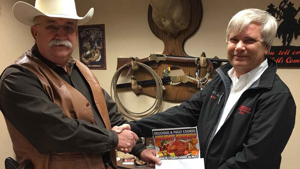 Canadian Co. Sheriff's Office, OKC Business Team Up To Spread Holiday Cheer