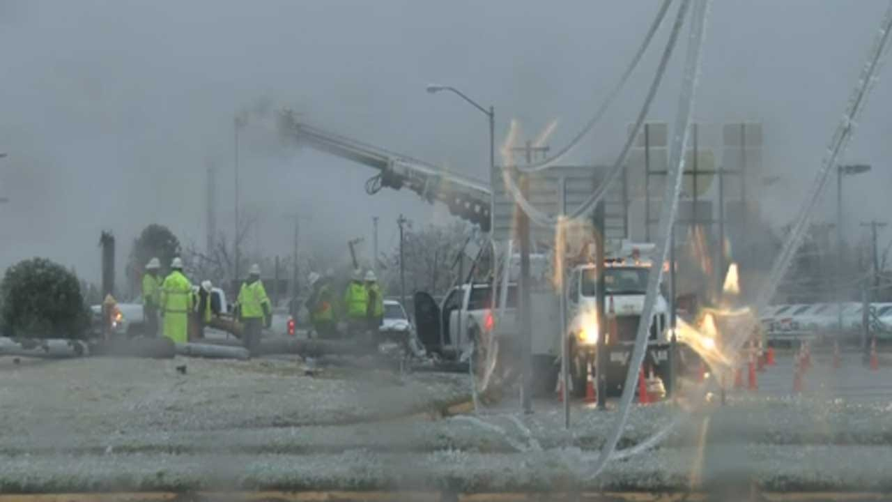 Crews Continue Working To Restore Power Throughout OK