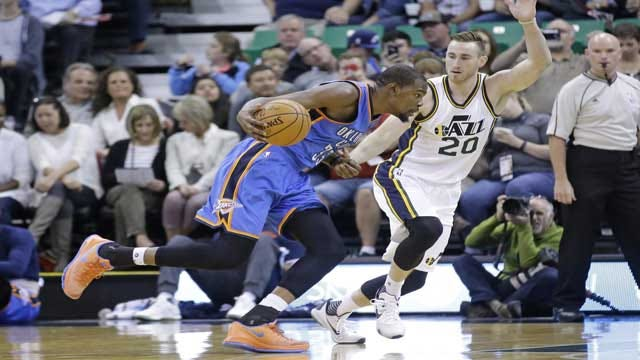 Westbrook, Durant Shine In Thunder Win