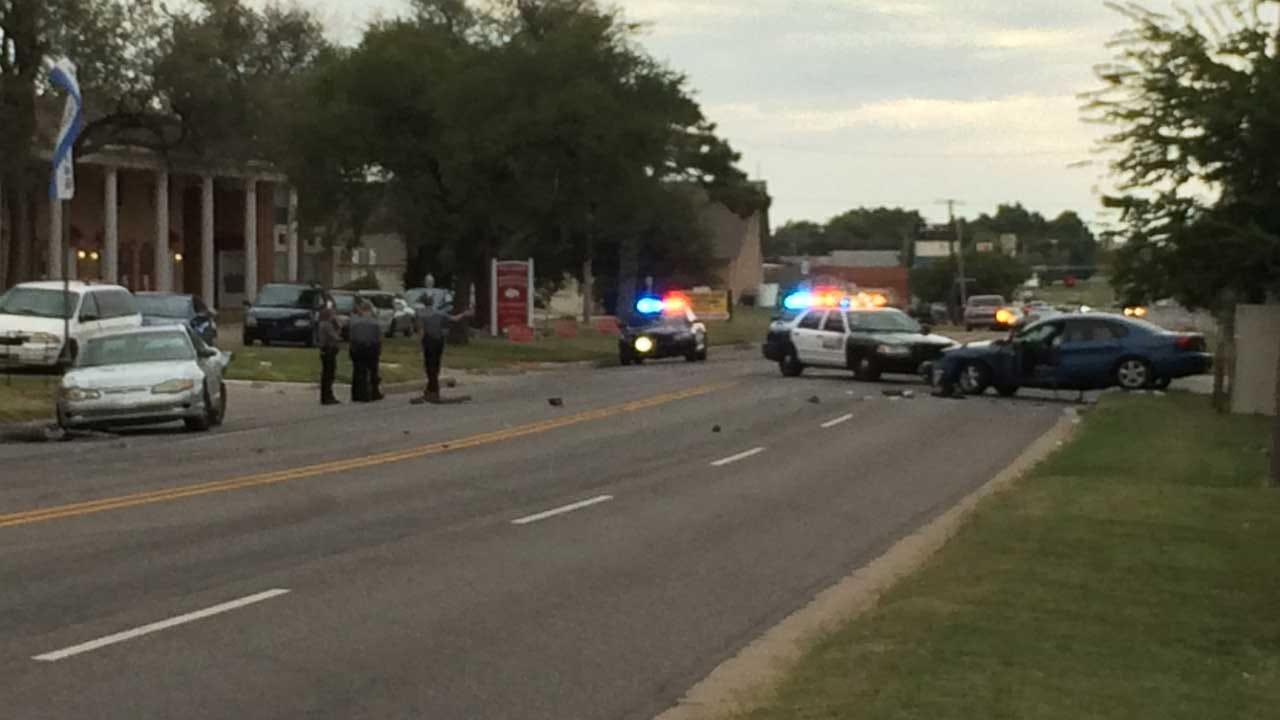 Police Pursuit Ends In Crash, Two Arrests In NW OKC