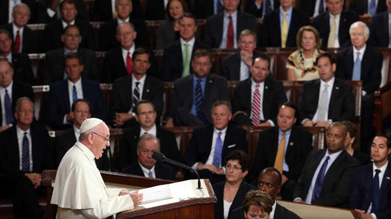 Pope Francis Tells Congress To Act On Immigration, Climate Change