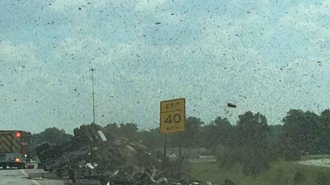 Beeware! Semi Hauling Honey Bees Rolls On SB I-35 In Garvin County