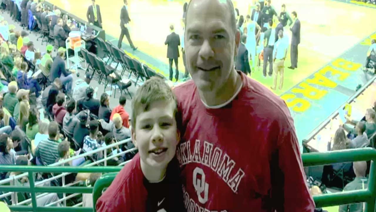 Red Dirt Diaries: Invite Makes For Special Moment For Young Sooner Fan