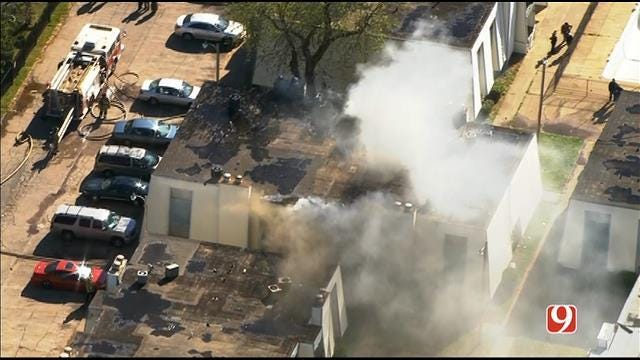 Crews Contain Apartment Fire In Southwest OKC