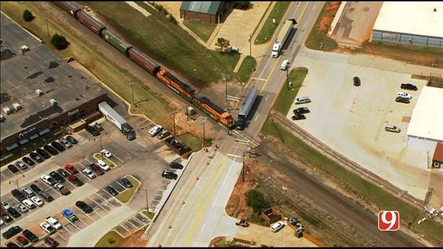 Crews On Scene Of Crash Involving Train, Semi-Truck In Edmond