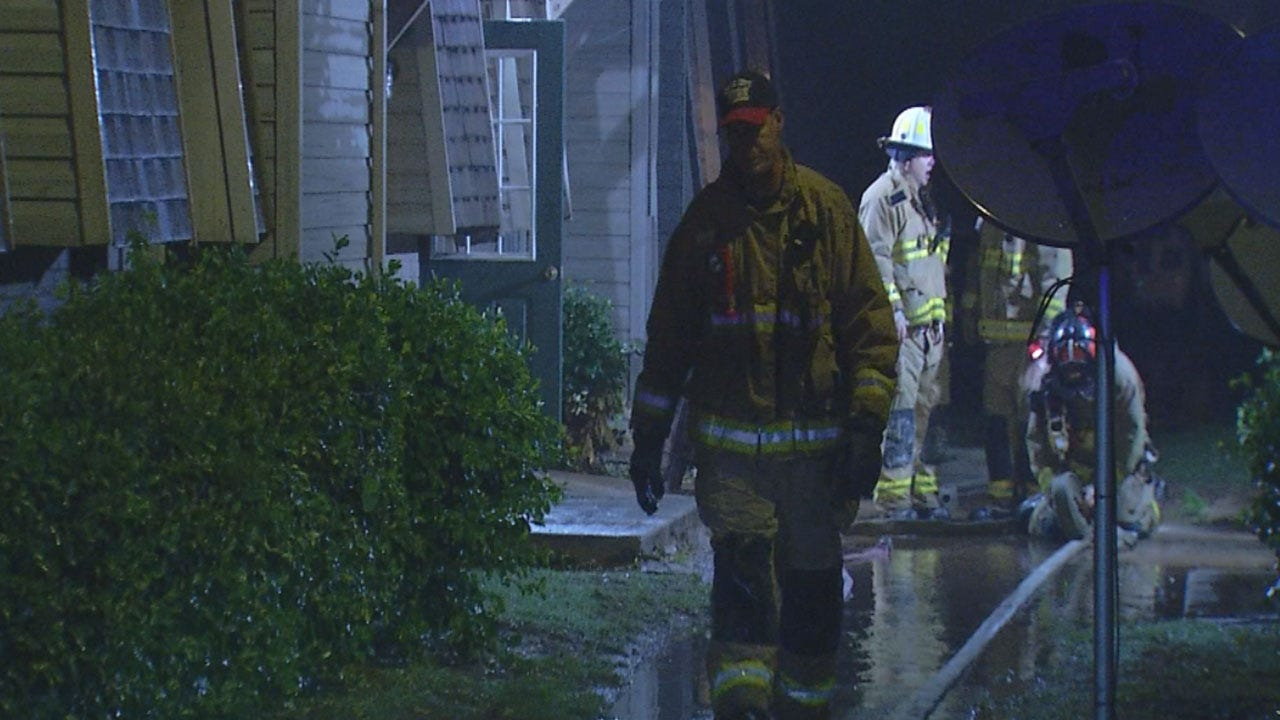 Four People Rescued After Smoke Fills NW OKC Apartment Building
