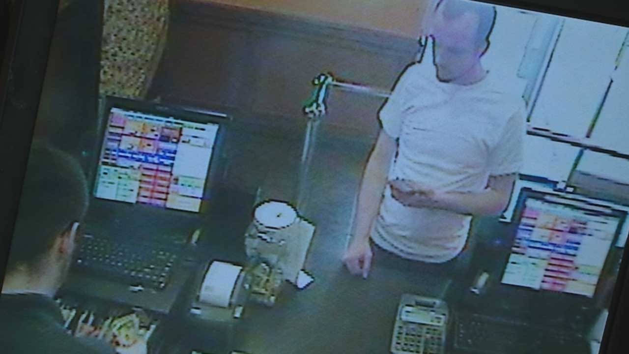 Caught On Camera: Couple Pays With Counterfeit Bill At OKC Cici's Pizza