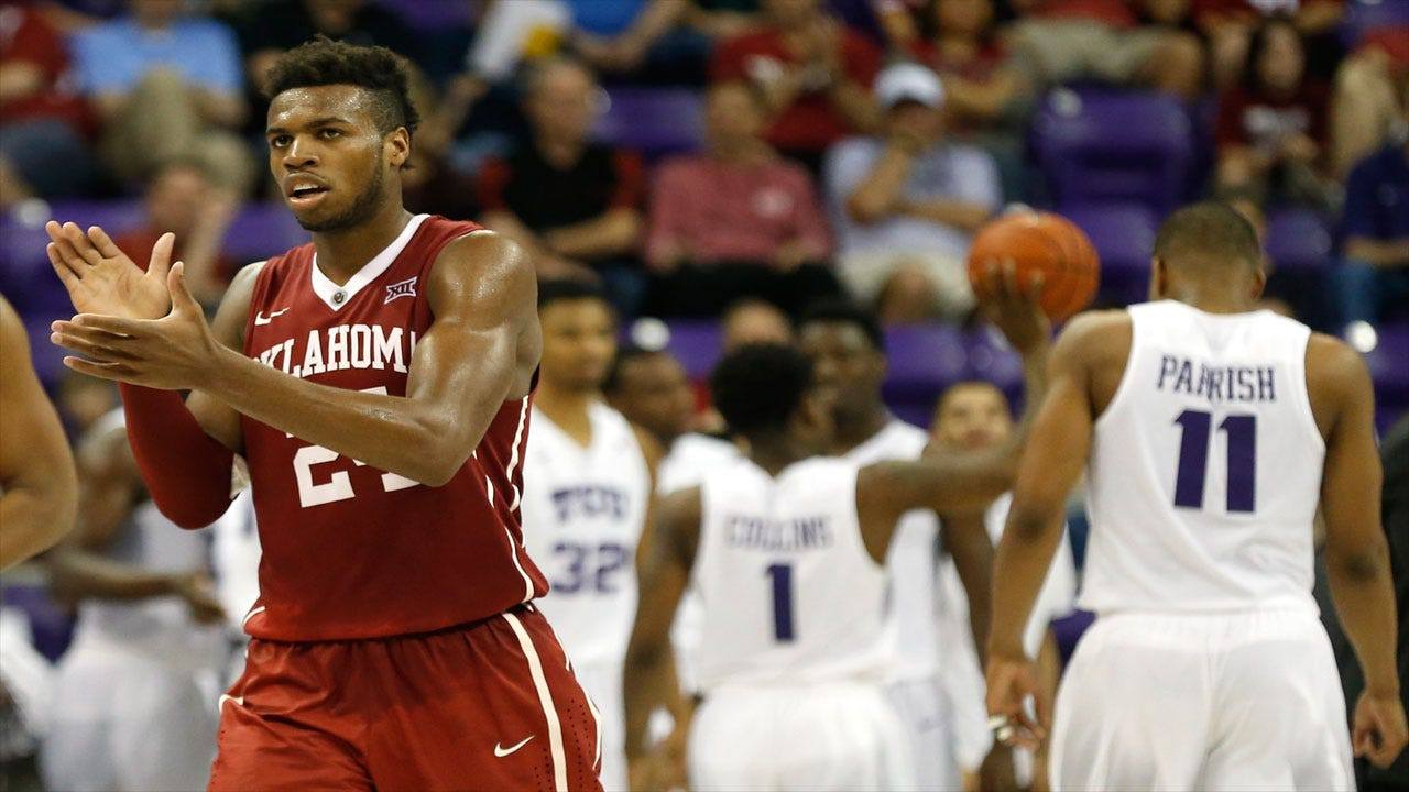 Buddy Hield Named 2016 Naismith Men's College Player of the Year