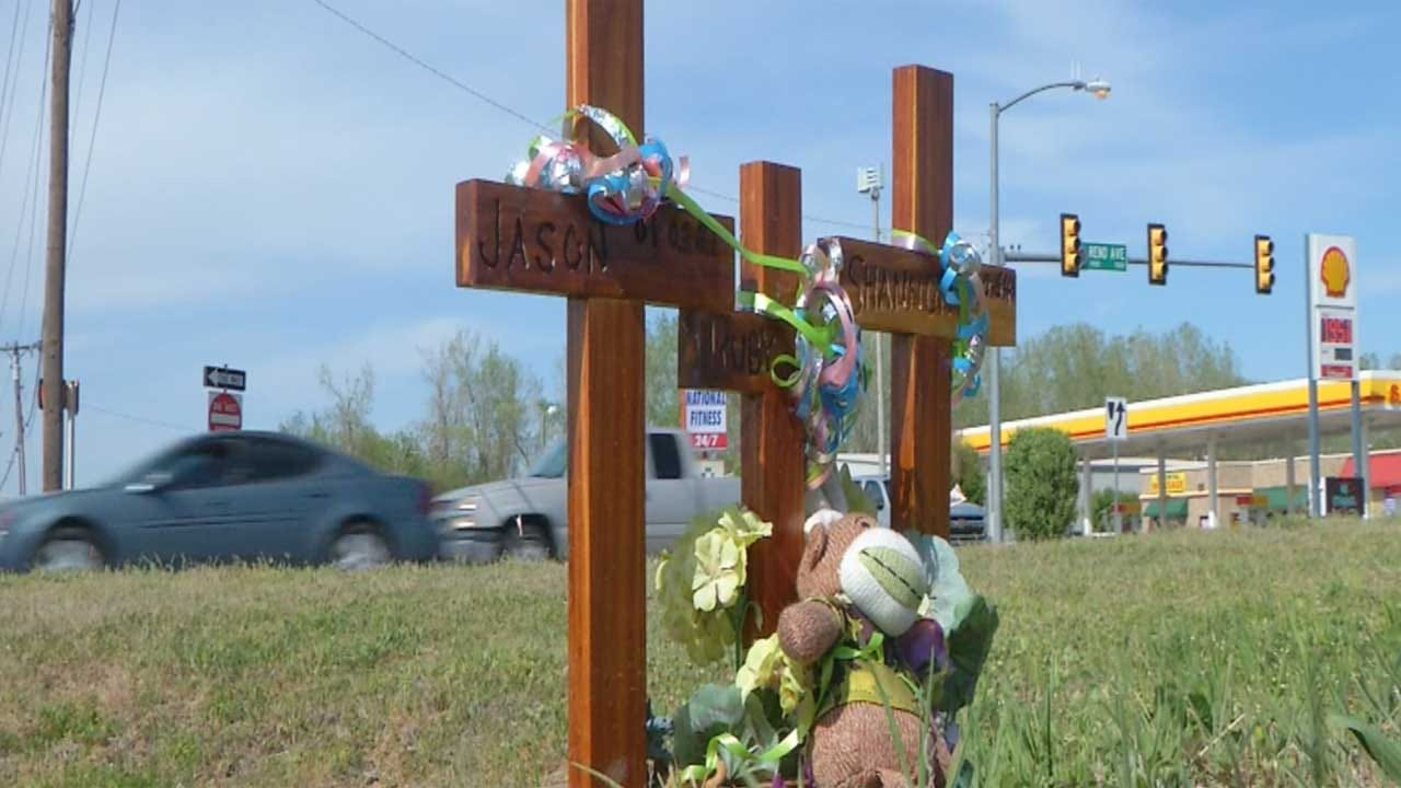DUI Checkpoint, Vigil Set To Remember Young Family Killed In Drunk Driving Crash