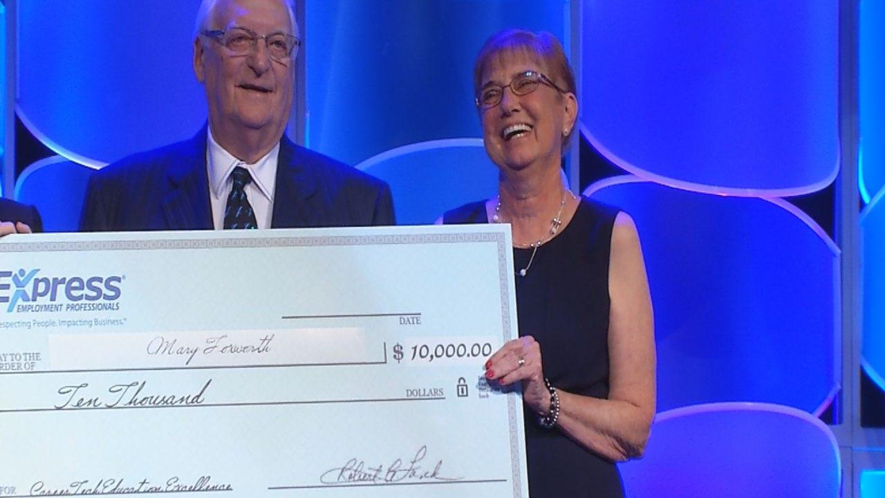 Oklahoma Teachers Get Surprise Cash Awards