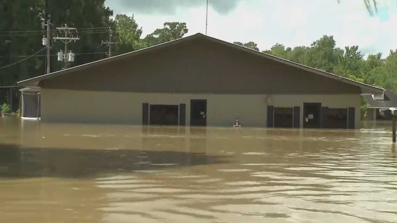 Oklahoma Disaster Response Team In Louisiana To Help Flood Victims