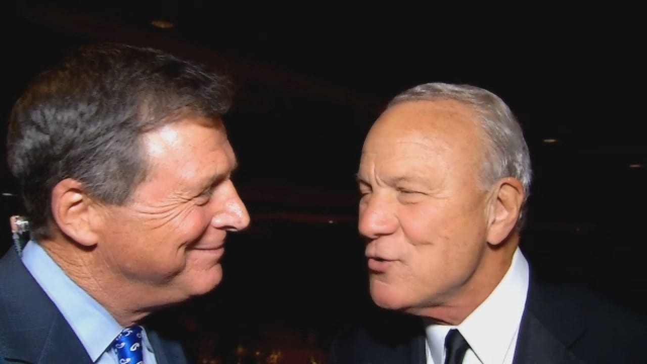 Dean Goes One-On-One With Barry Switzer