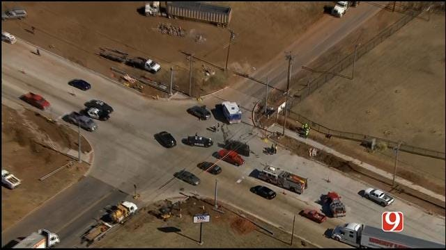 Crews Respond To Multi-Vehicle Injury Crash In SW OKC