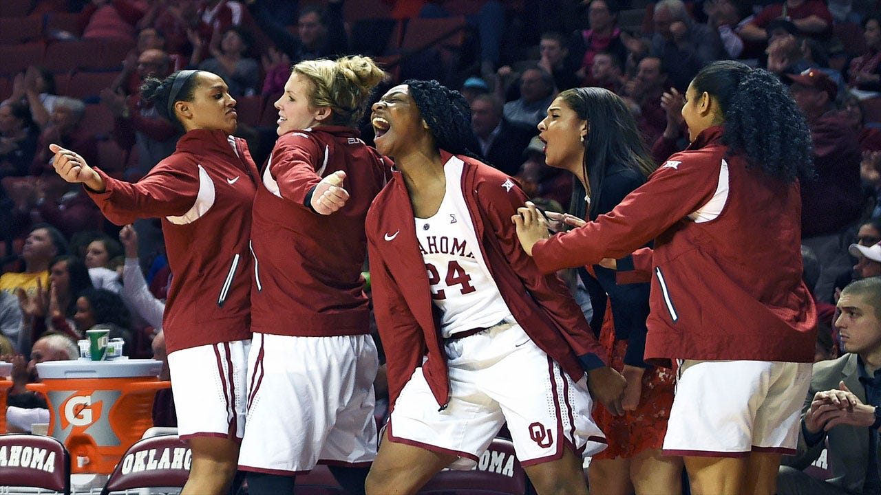 OU Women: Sooners Roll Past No. 6 Longhorns Behind Dominant Fourth
