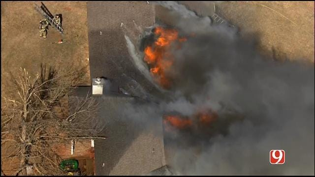 Crews Contain House Fire Near Mustang