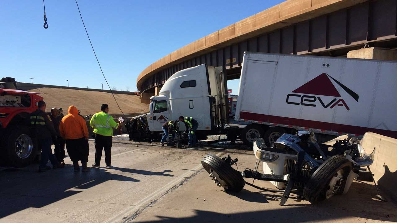 WB I-40 Lanes Reopen At I-44 After Semi Accident, Large Diesel Spill