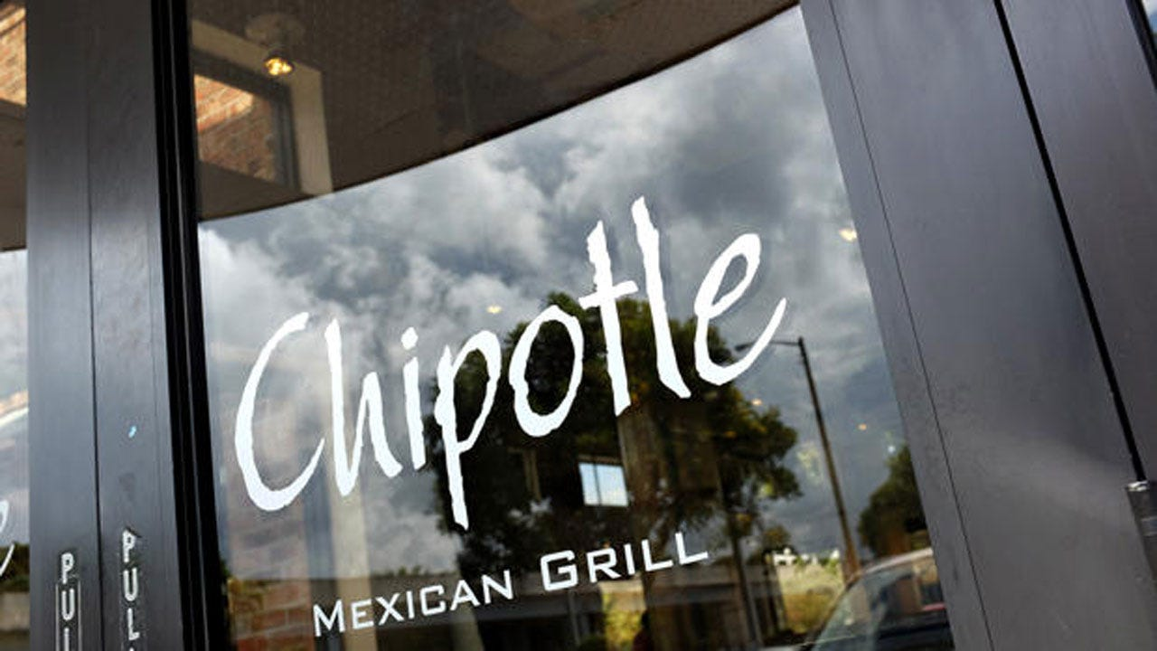 Oklahoma Woman Suing Chipotle After Contracting E. Coli