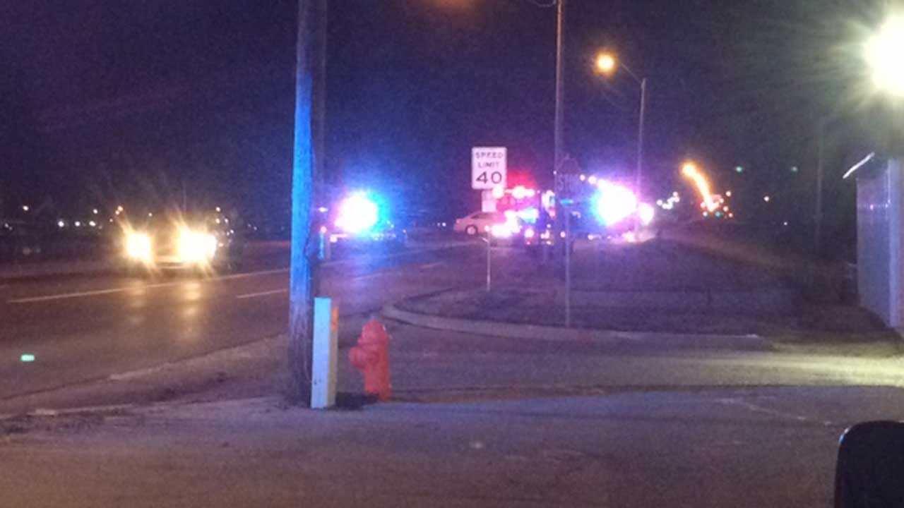 One Killed In SW OKC Crash