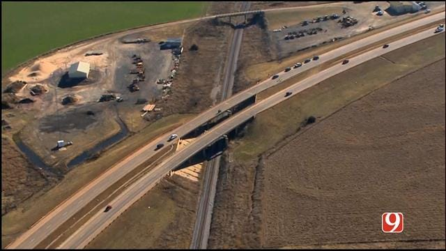 Suspect Dead After Crashing Off Overpass Following Chase In Kingfisher County