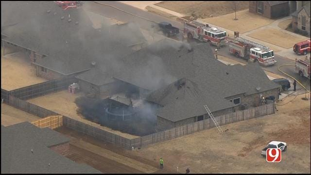 Crews Contain NW OKC House Fire