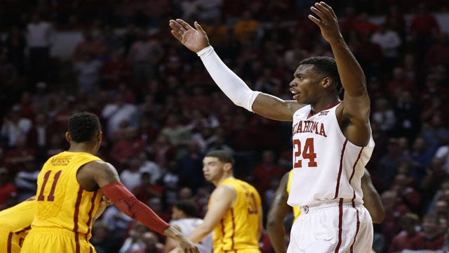 Oklahoma Stays Undefeated With Narrow Win Over ISU