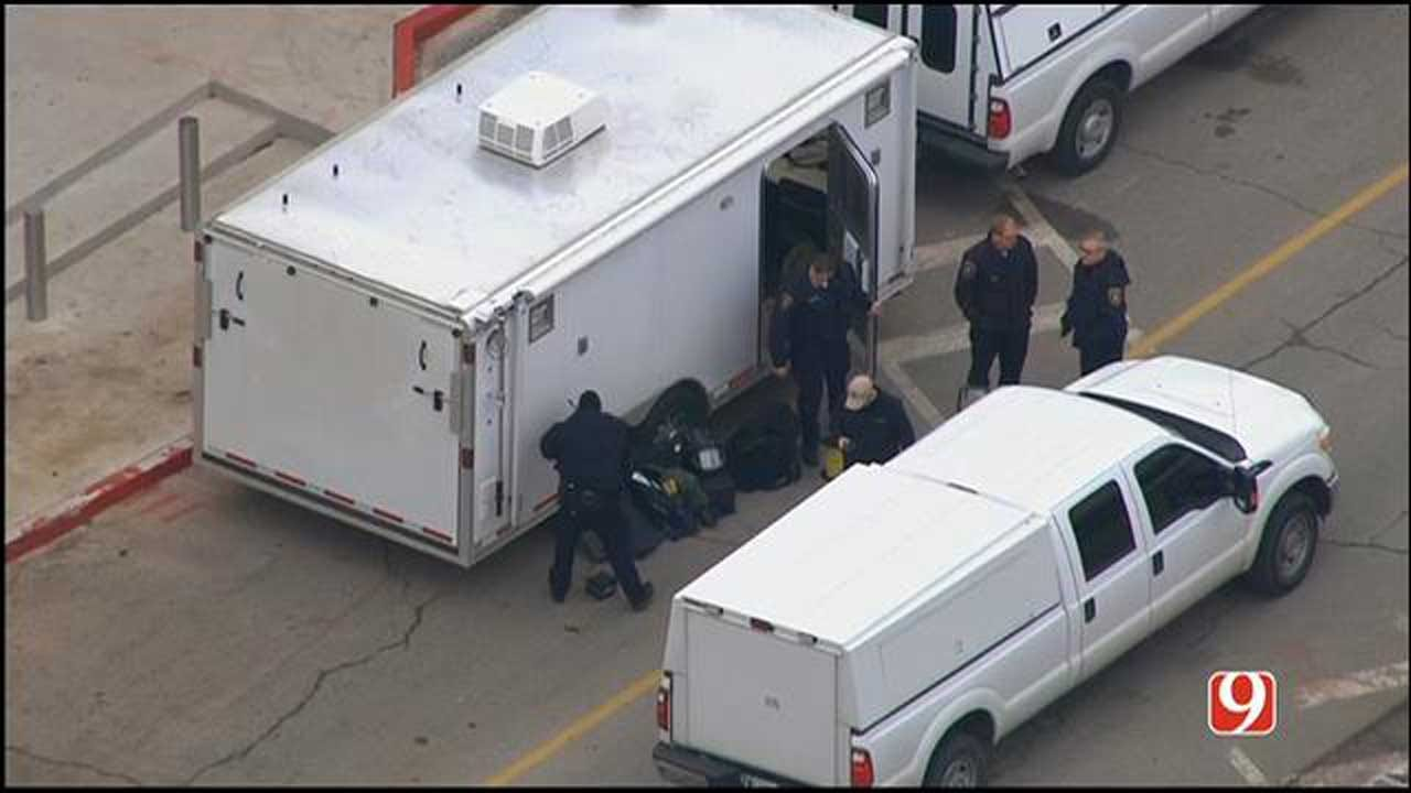 Police Responded After Suspicious Bag Found At Sooner Mall In Norman
