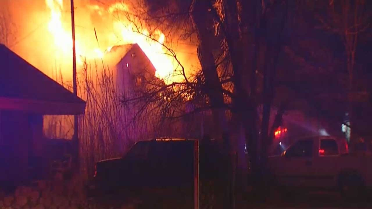 Warr Acres Home Destroyed In Early Morning Fire
