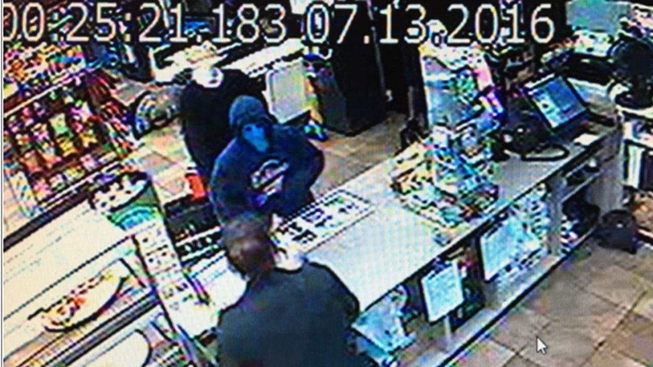 Police: Three Rob Chickasha Love's Store At Gunpoint