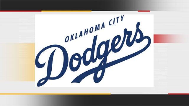De Leon, Dodgers Power Past Aces
