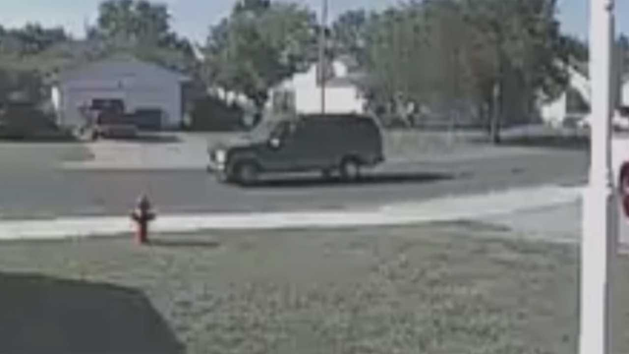 MWC Police Searching For Vandals Firing BB Guns In Neighborhoods