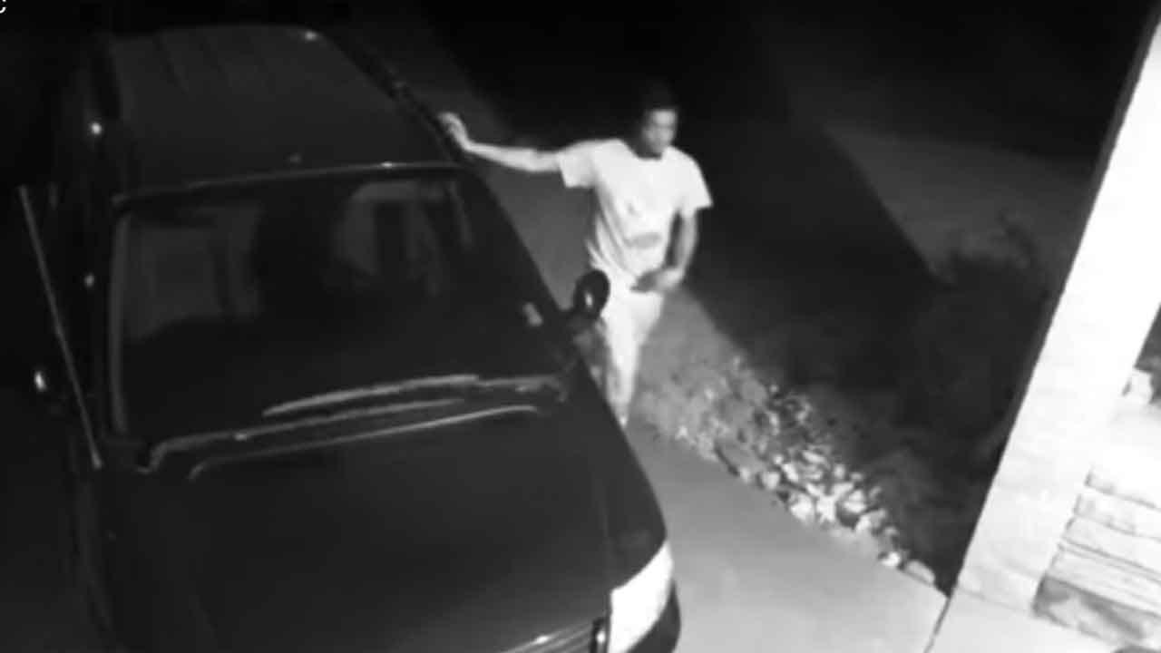 Car Burglars Caught On Camera At NW OKC Home