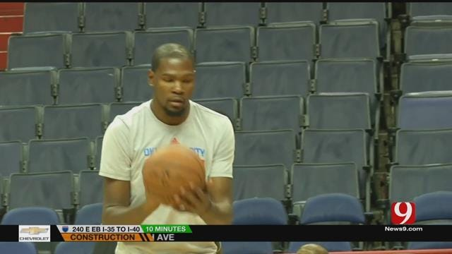 Thunder Fans Eagerly Wait For Kevin Durant's Decision