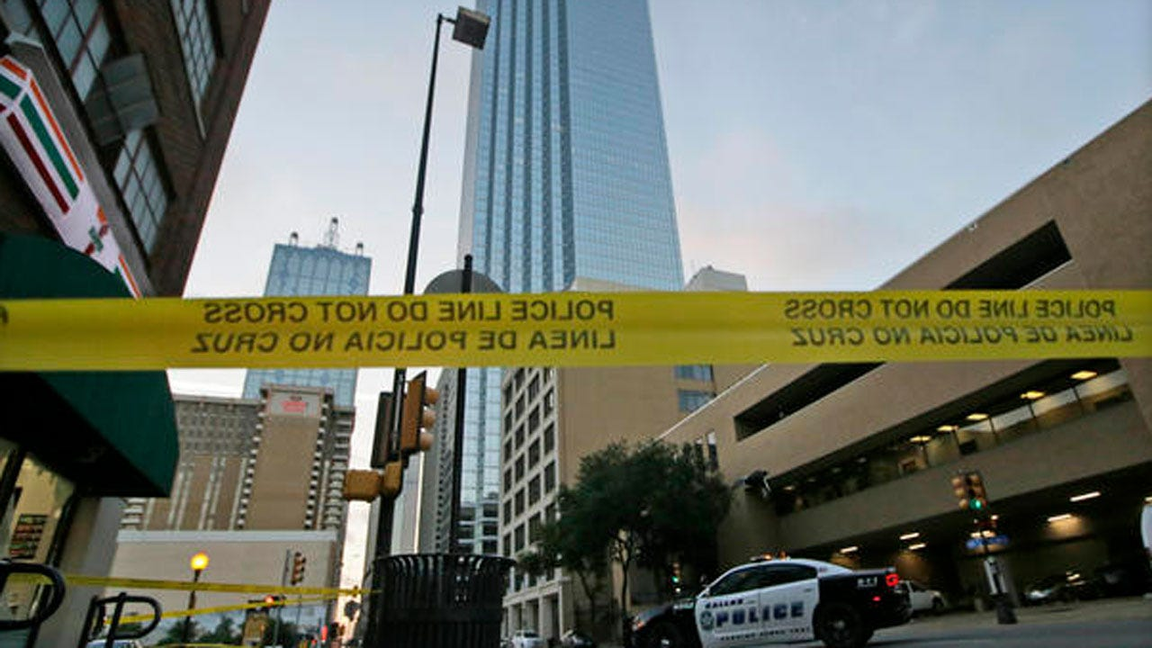Dallas Shooting: Experts Say Use Of Bomb Robot A 'First'