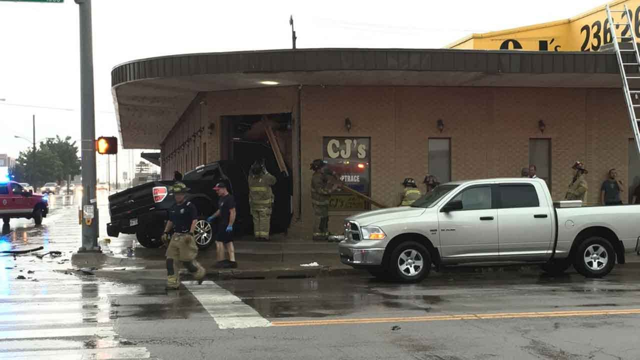 One Injured After Vehicle Crashes Into Building In Downtown OKC