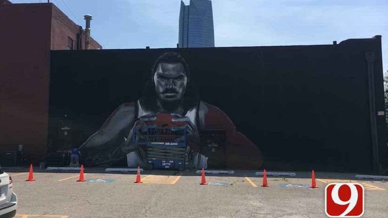 New Zealand Artist Paints Steven Adams Mural In Downtown OKC