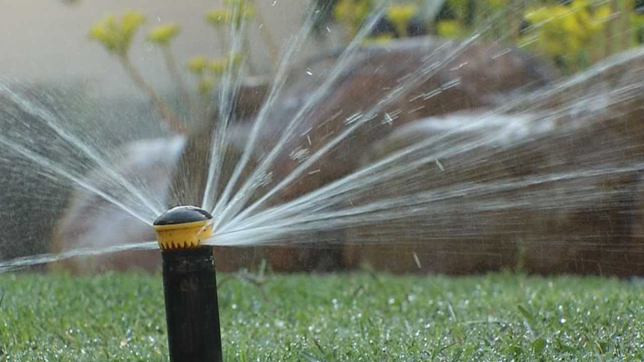 City Crews Patrol Neighborhoods To Ensure Water Conservation