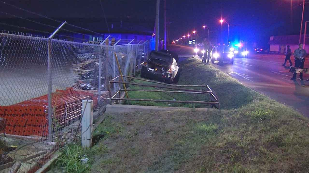 Two Arrested After Overnight Chase, Crash In OKC