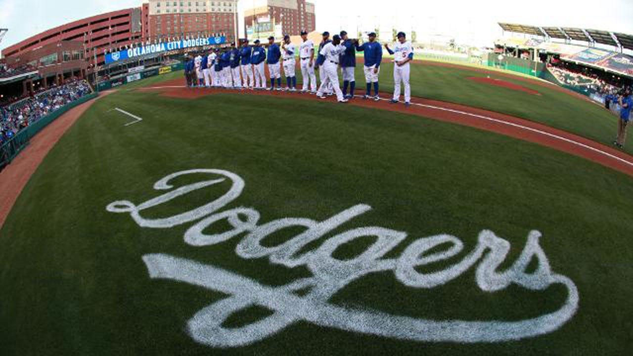 Dodgers Win Series Opener Over Express, 2-1