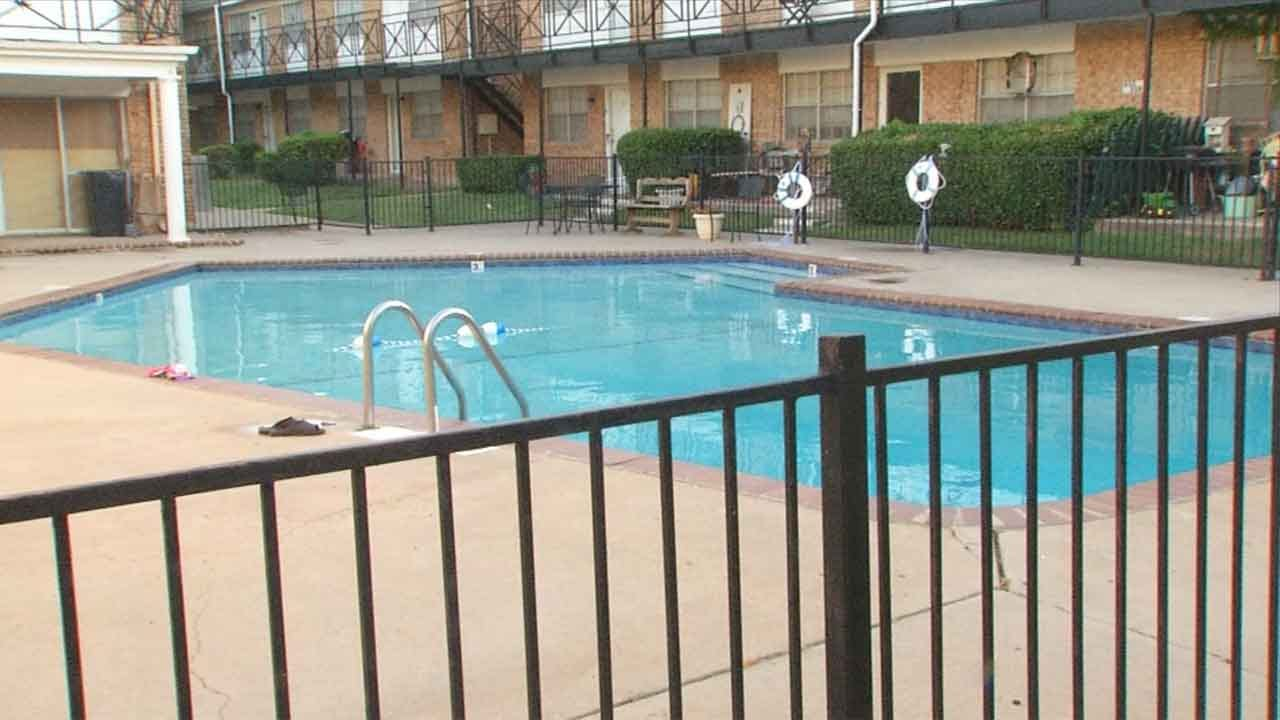 OKC Man Pulled From Apartment Complex Pool Dies At Hospital