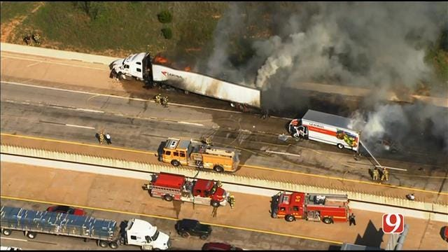 Crews Respond To Multi-Vehicle Crash On I-35 In Norman