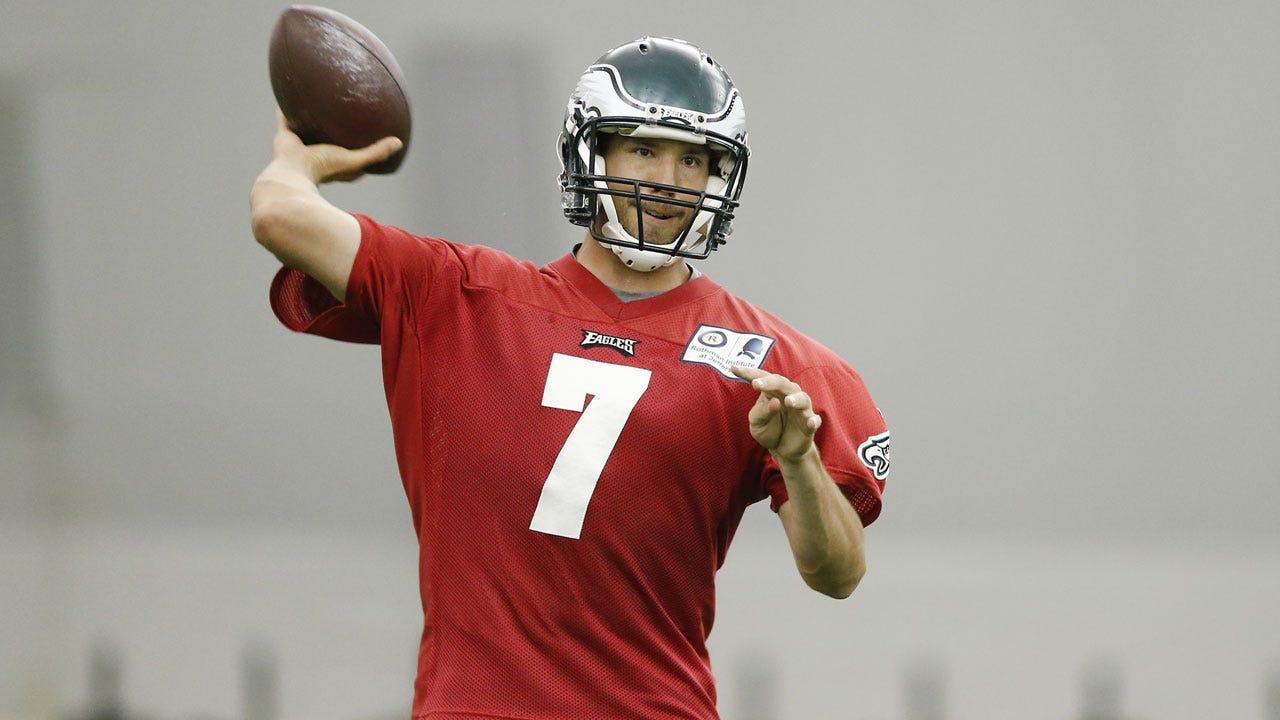 Former OU Quarterback Sam Bradford Impressing At Eagles' OTAs