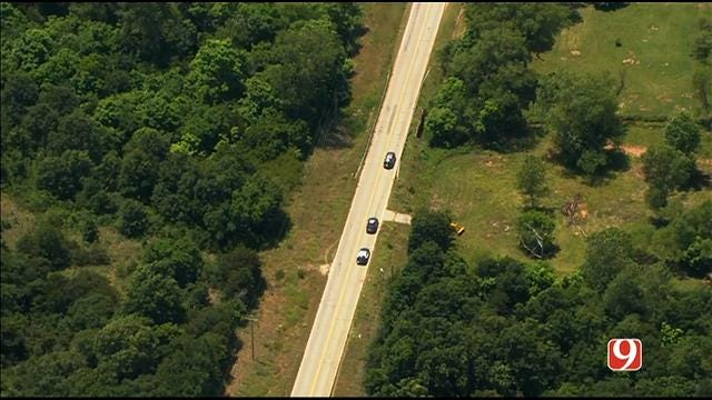 Oklahoma City Police Investigate After Body Found On Side Of Road
